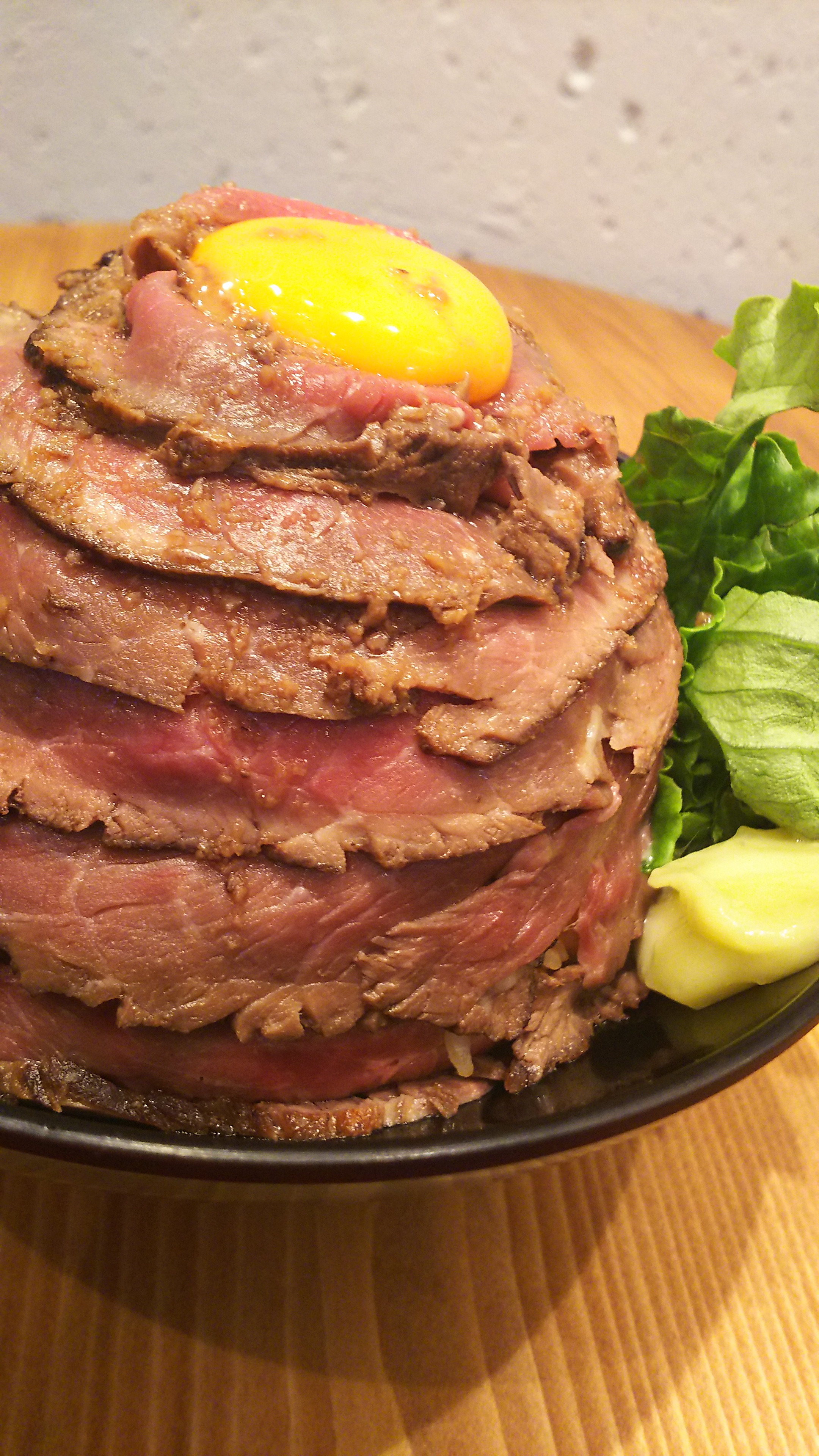 THE肉丼の店>