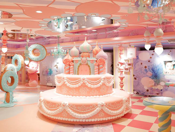 Explore The Photogenic Interior Of Purikura Specialist Shop