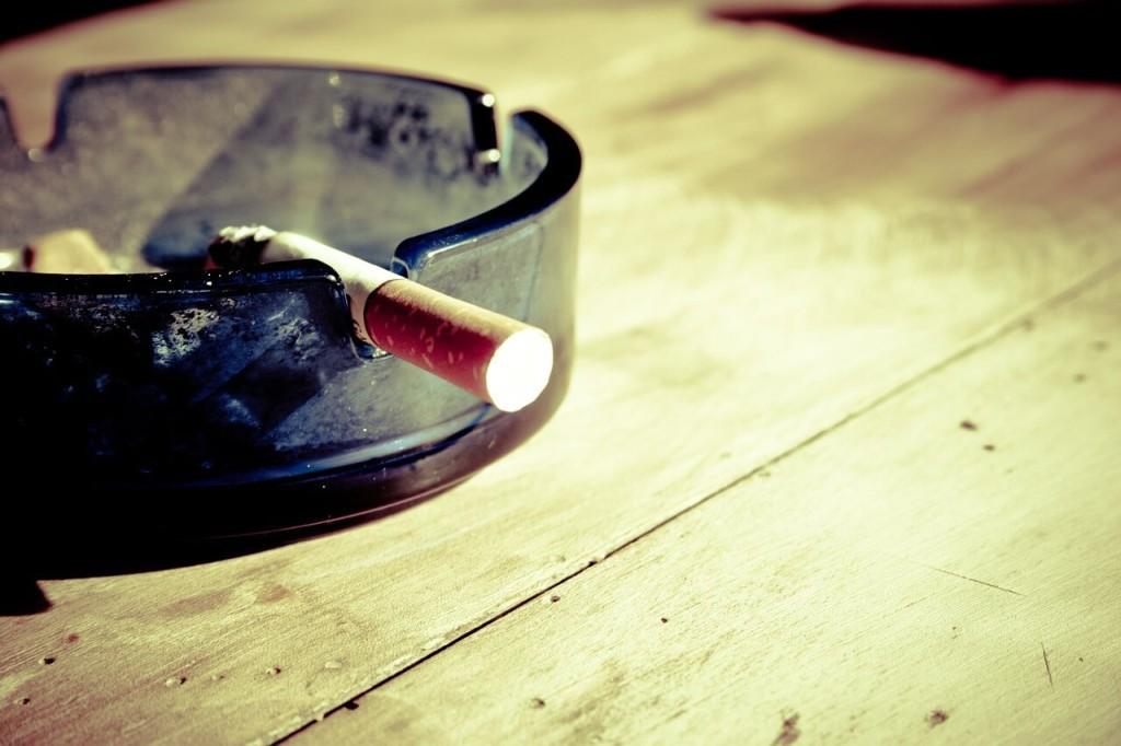 cigarette-599485_1280-2