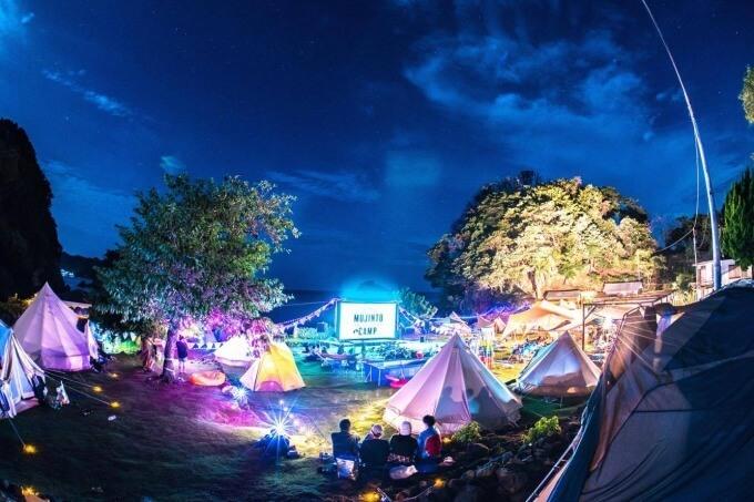 野外シネマキャンプ