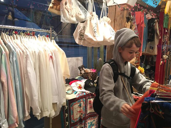 三戸なつめが絵本のファッションショーをプロデュース!「とびだせ!絵本ショー 〜三戸なつめ、朗読します。〜」
