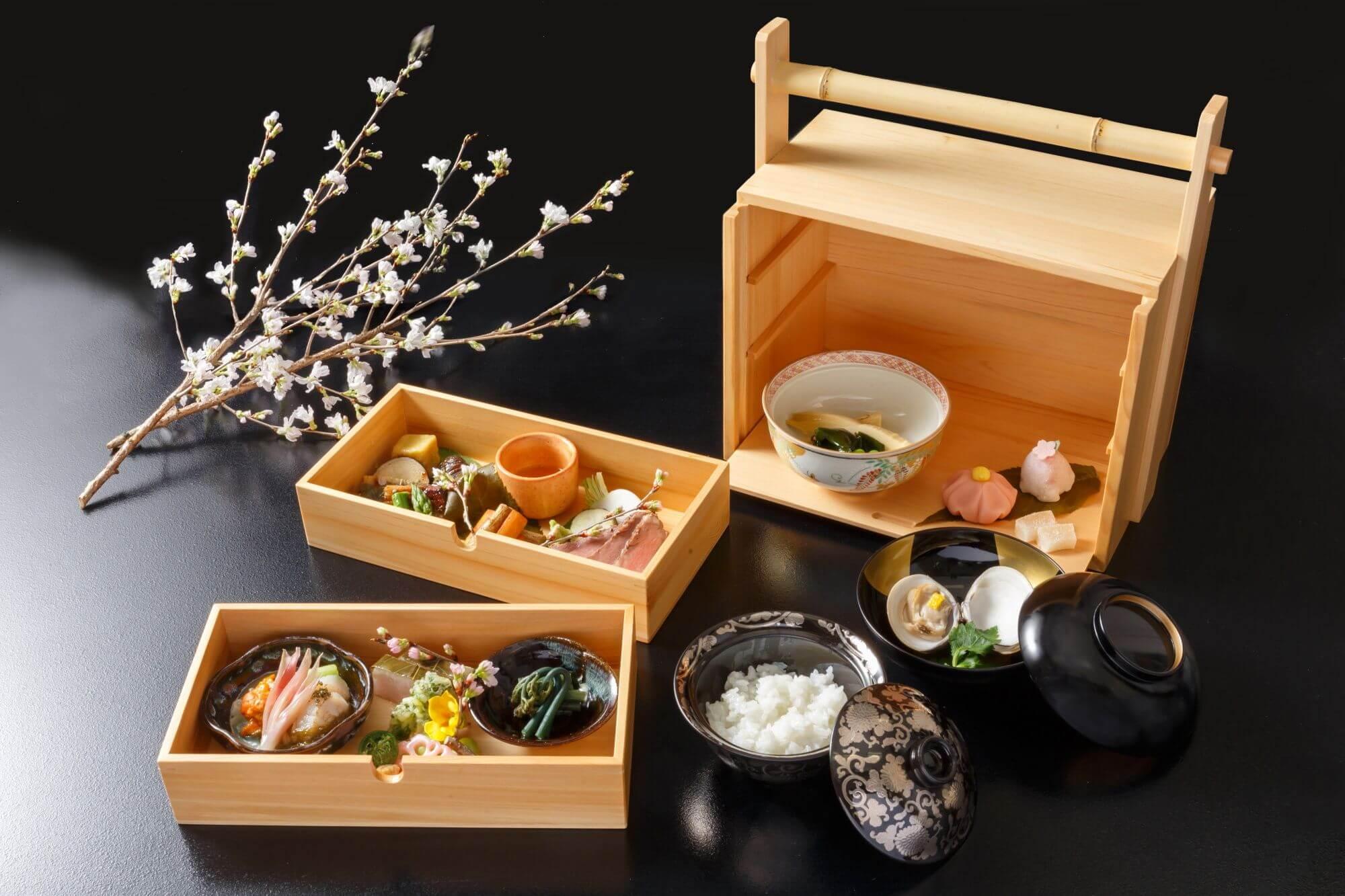 日本庭園でお花見が楽しめるレストラン『神楽』原宿4