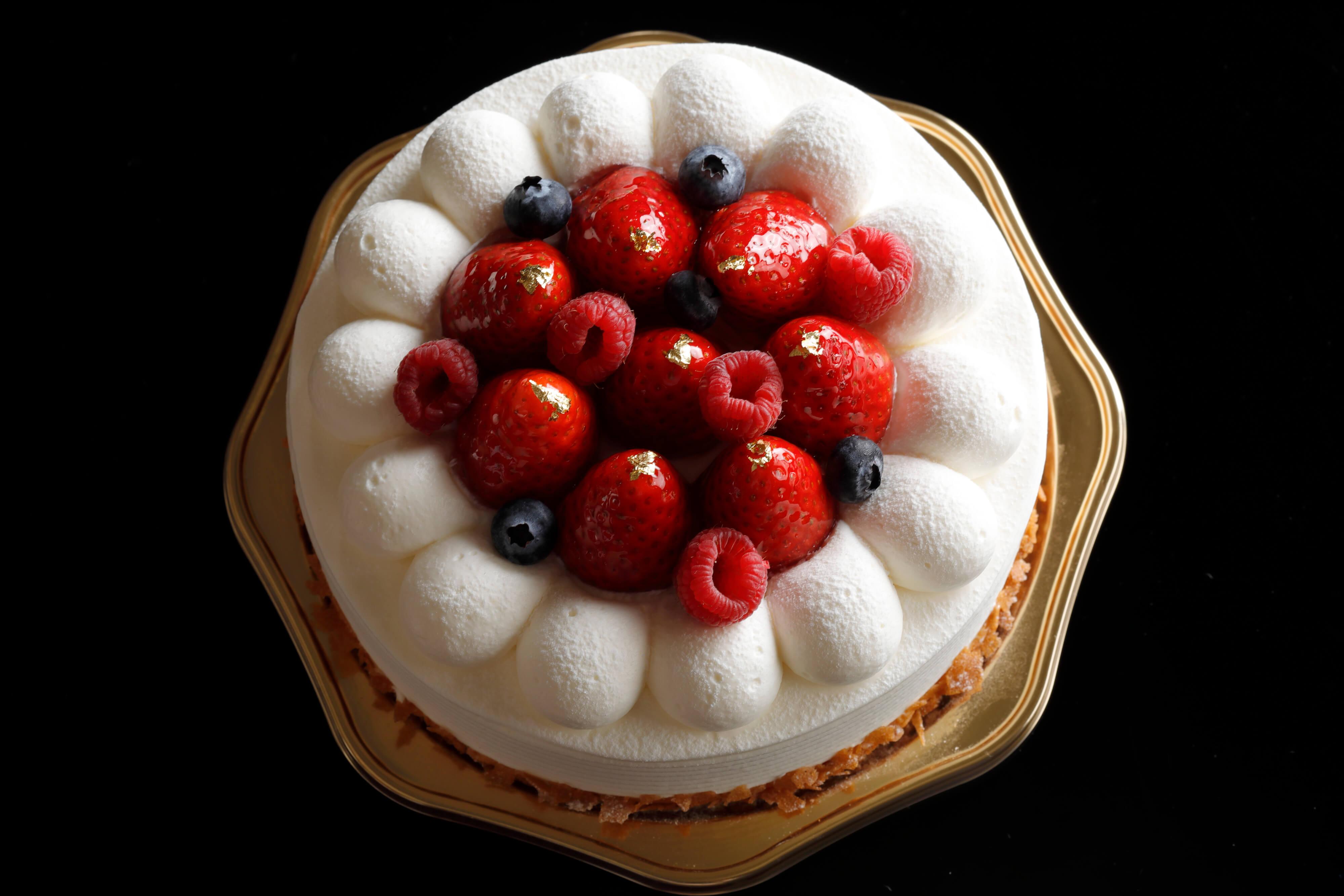 シェラトン都ホテル大阪 こどもの日にちなんだ「兜」型ケーキ販売3