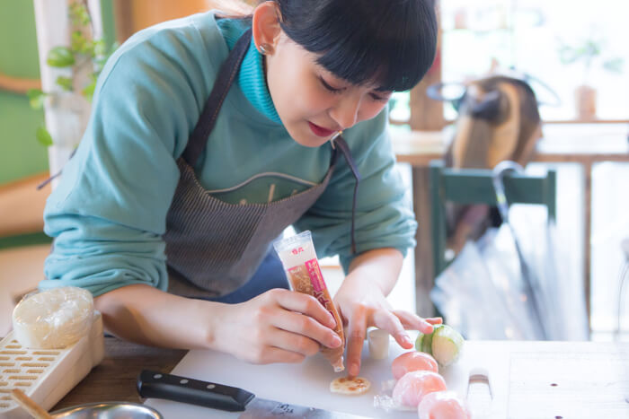 Experience Japanese Culture: Temari Sushi Lesson in a Japanese Food Class