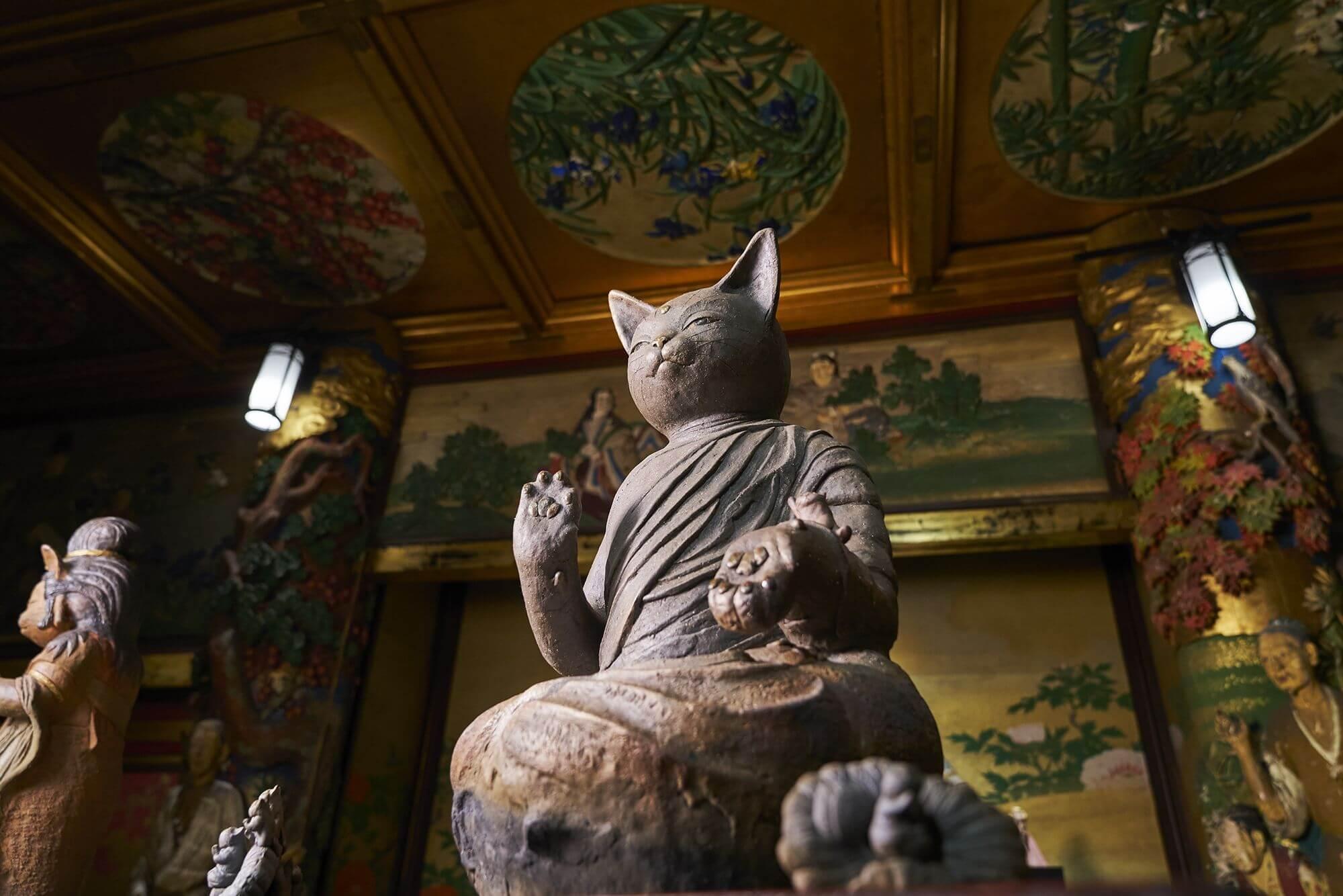 ホテル雅叙園東京「猫都(ニャンと)の国宝展at百段階段」