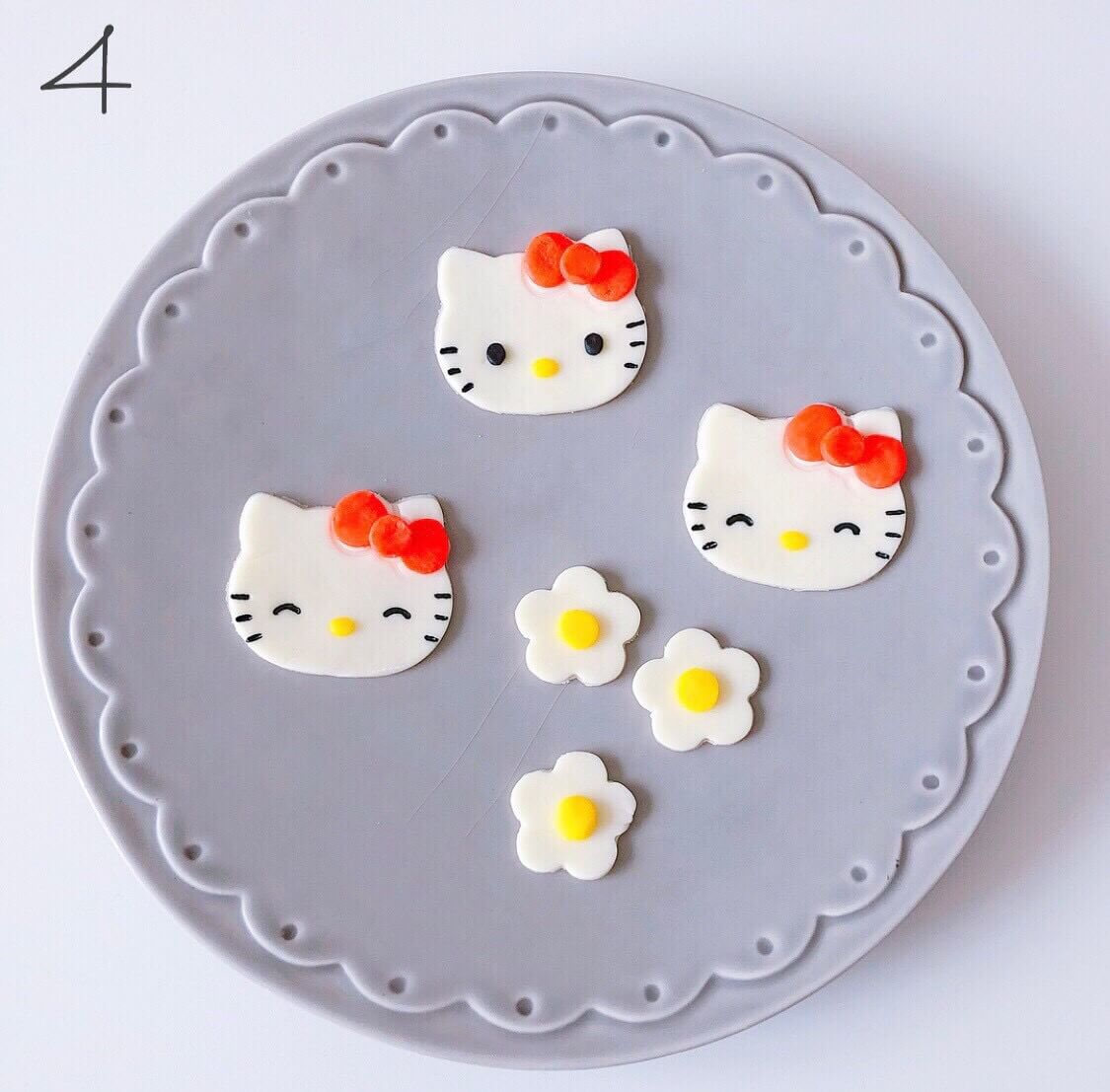 """簡単にできる""""キャラスイーツ""""レシピを紹介!""""キティーちゃんのミルフィーユ""""4"""