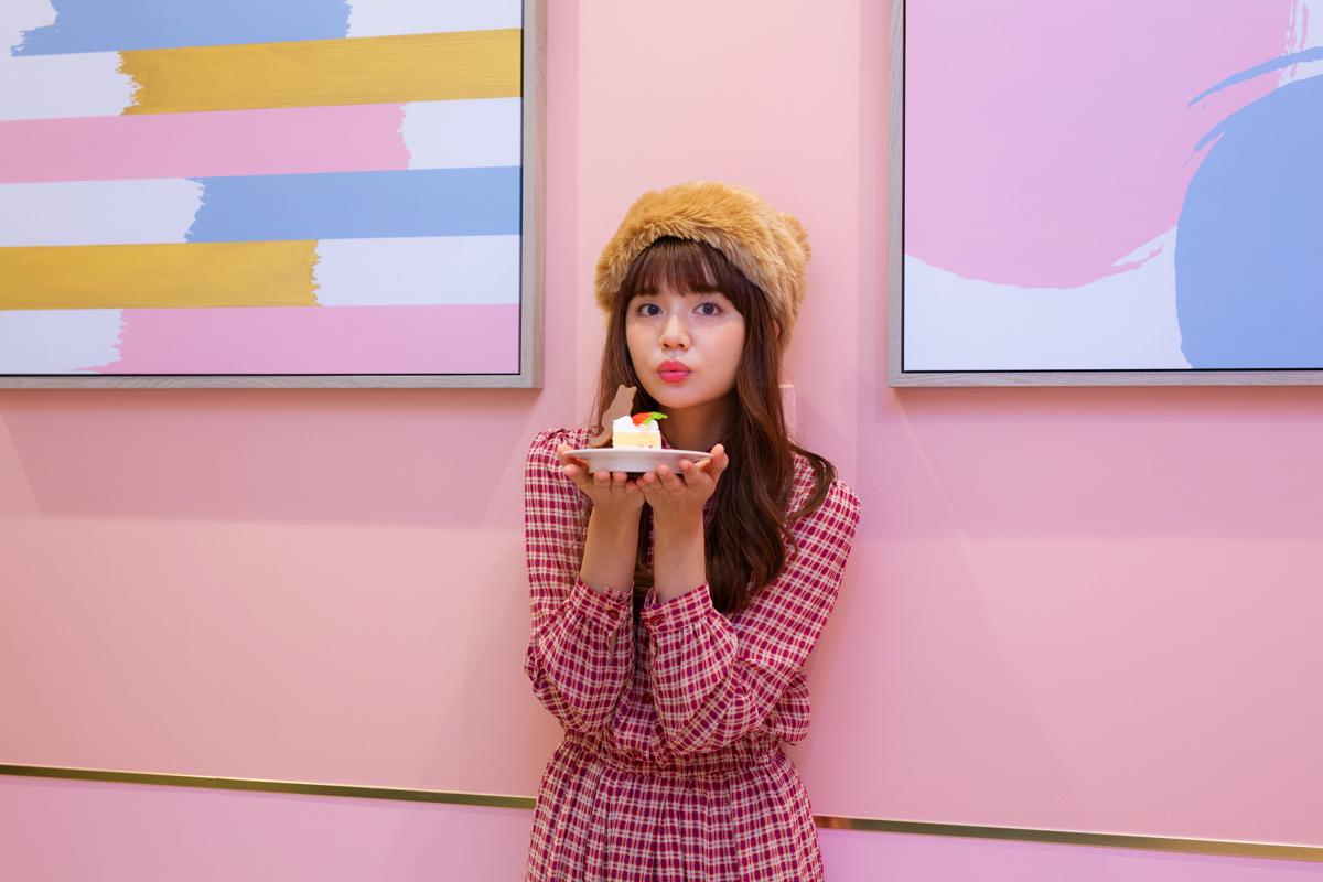 Rinko Murata cafe ron ron harajuku