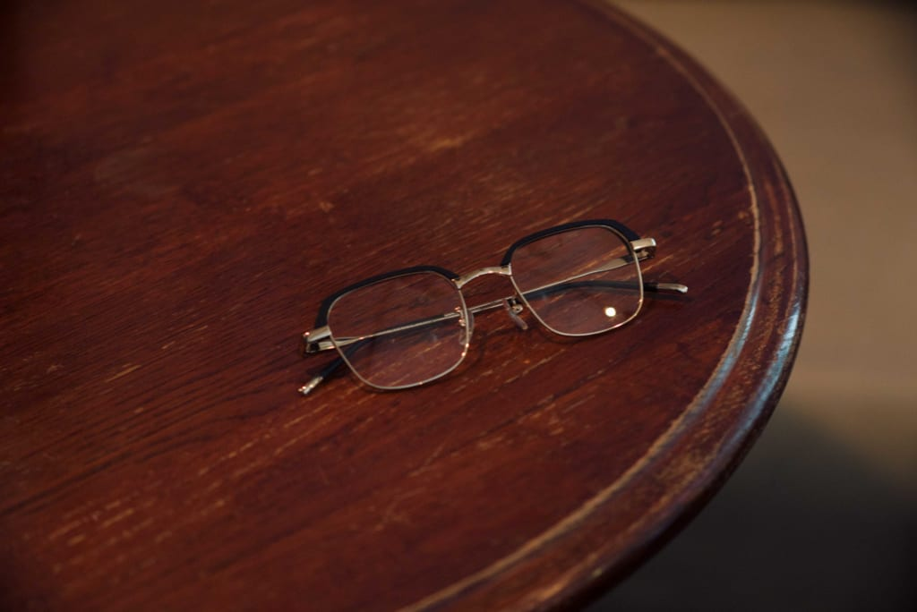 glasses-%e3%83%a1%e3%82%ab%e3%82%99%e3%83%8djins-%e3%82%b7%e3%82%99%e3%83%b3%e3%82%b9%e3%82%99-2
