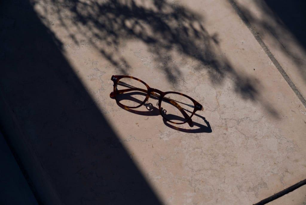 glasses-%e3%83%a1%e3%82%ab%e3%82%99%e3%83%8d%e3%80%80jins-%e3%82%b7%e3%82%99%e3%83%b3%e3%82%b9%e3%82%99222-1024x684-2