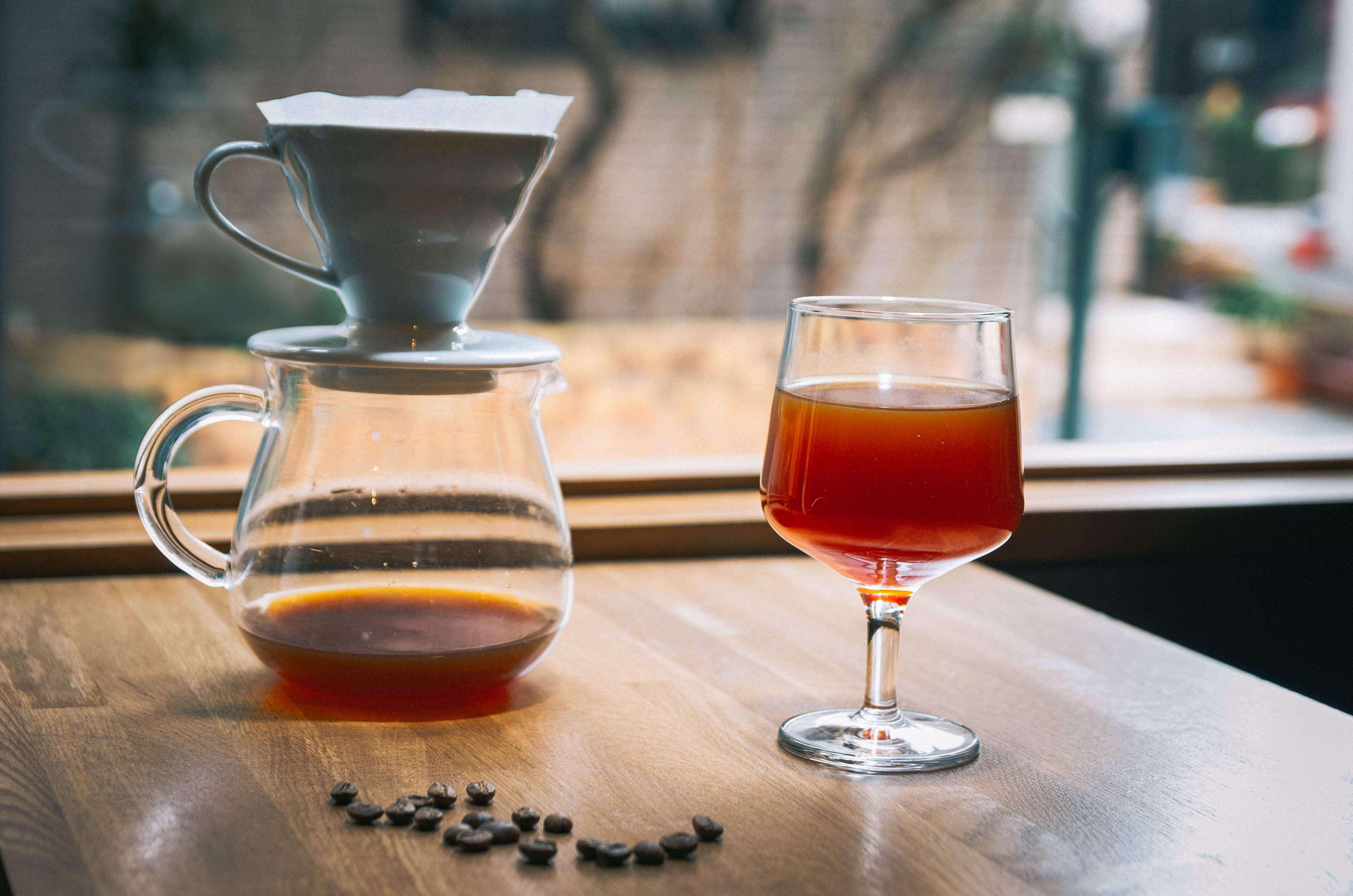 alt-coffee-roasters_handdripcoffee_%e3%83%8f%e3%83%b3%e3%83%89%e3%83%89%e3%83%aa%e3%83%83%e3%83%97%e3%82%b3%e3%83%bc%e3%83%92%e3%83%bc%e2%91%a1-2