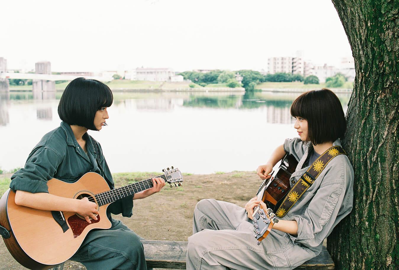 Nana Komatsu Mugi Kadowaki Kiss In New Trailer For