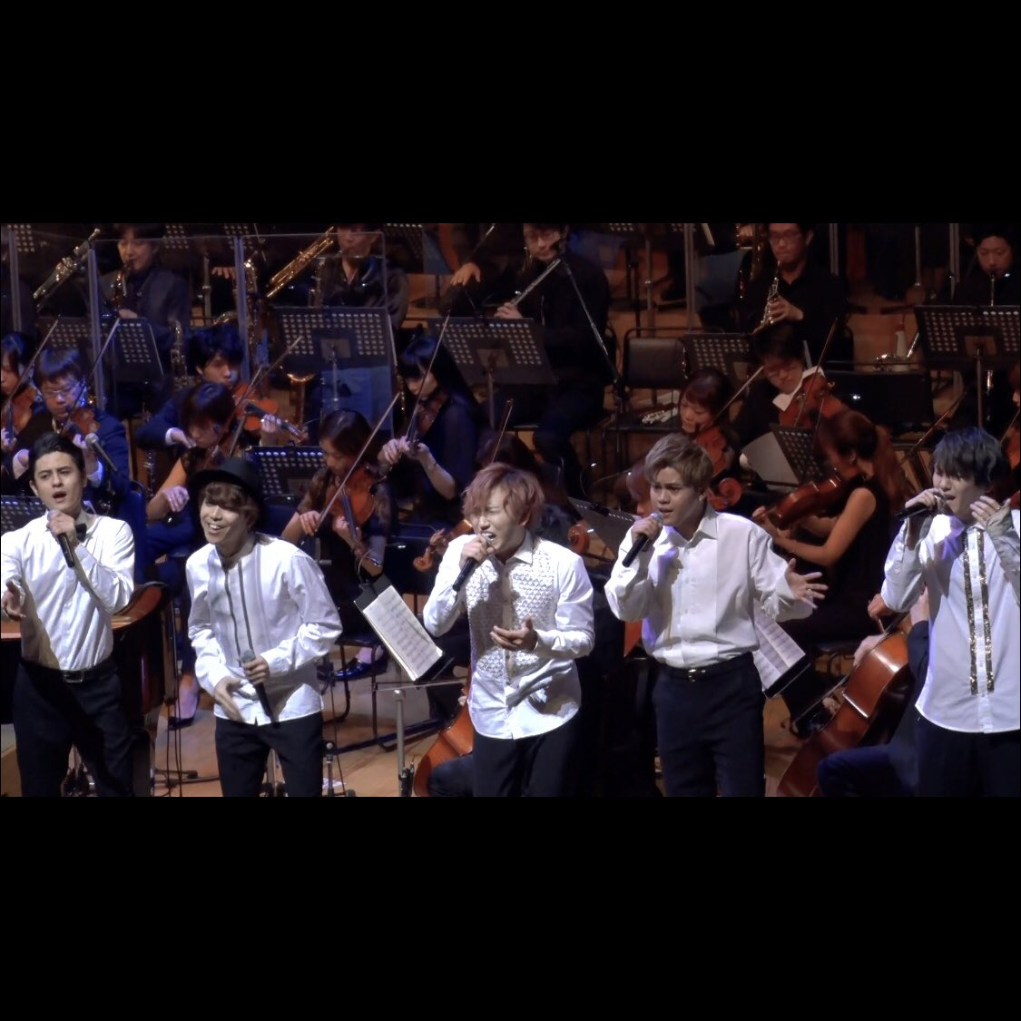 UNIONE Perform Live Orchestral Version Of Code Geass Ending
