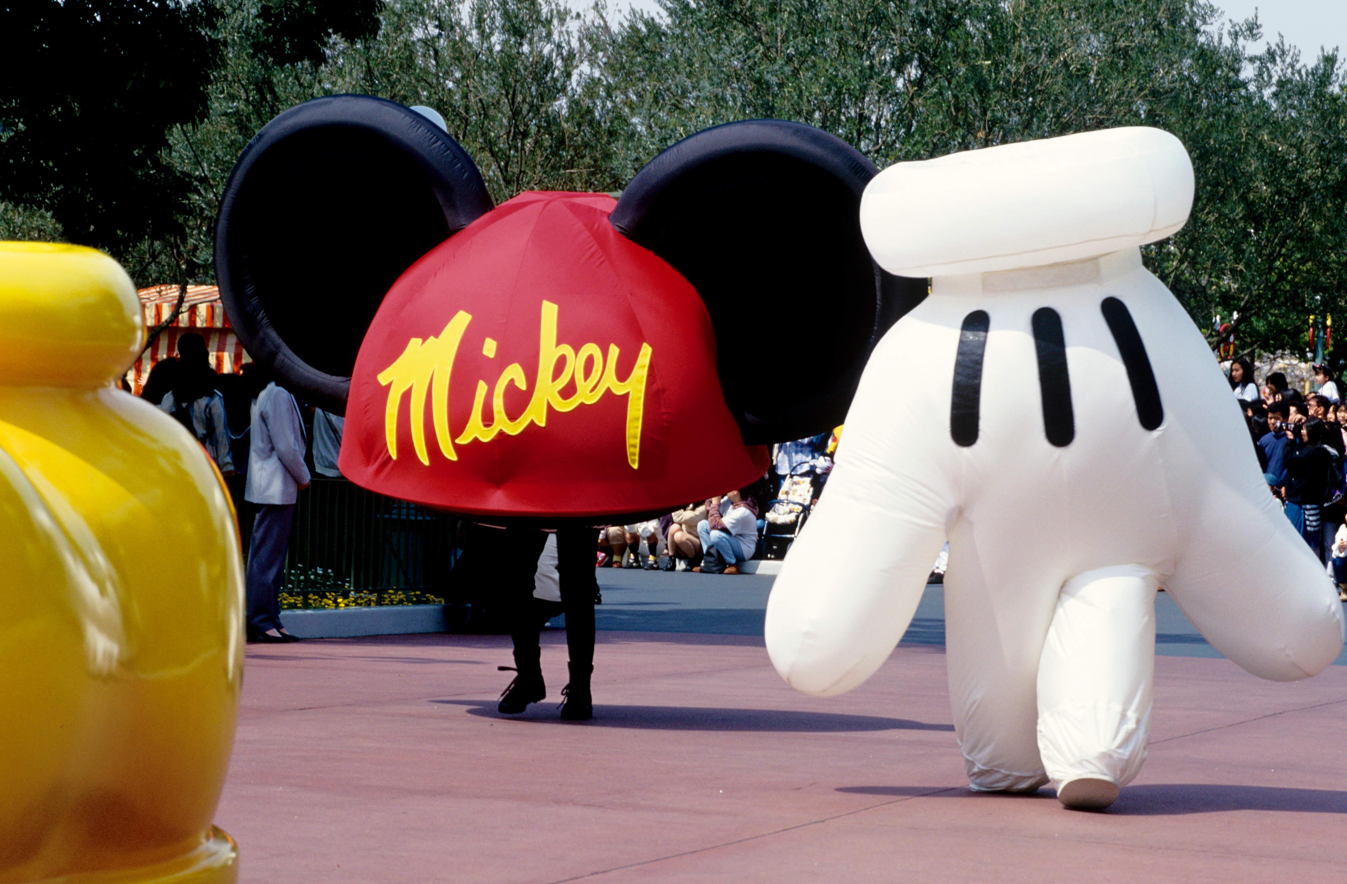 Looking Back Over Tokyo Disneyland® Through the Heisei Era | MOSHI