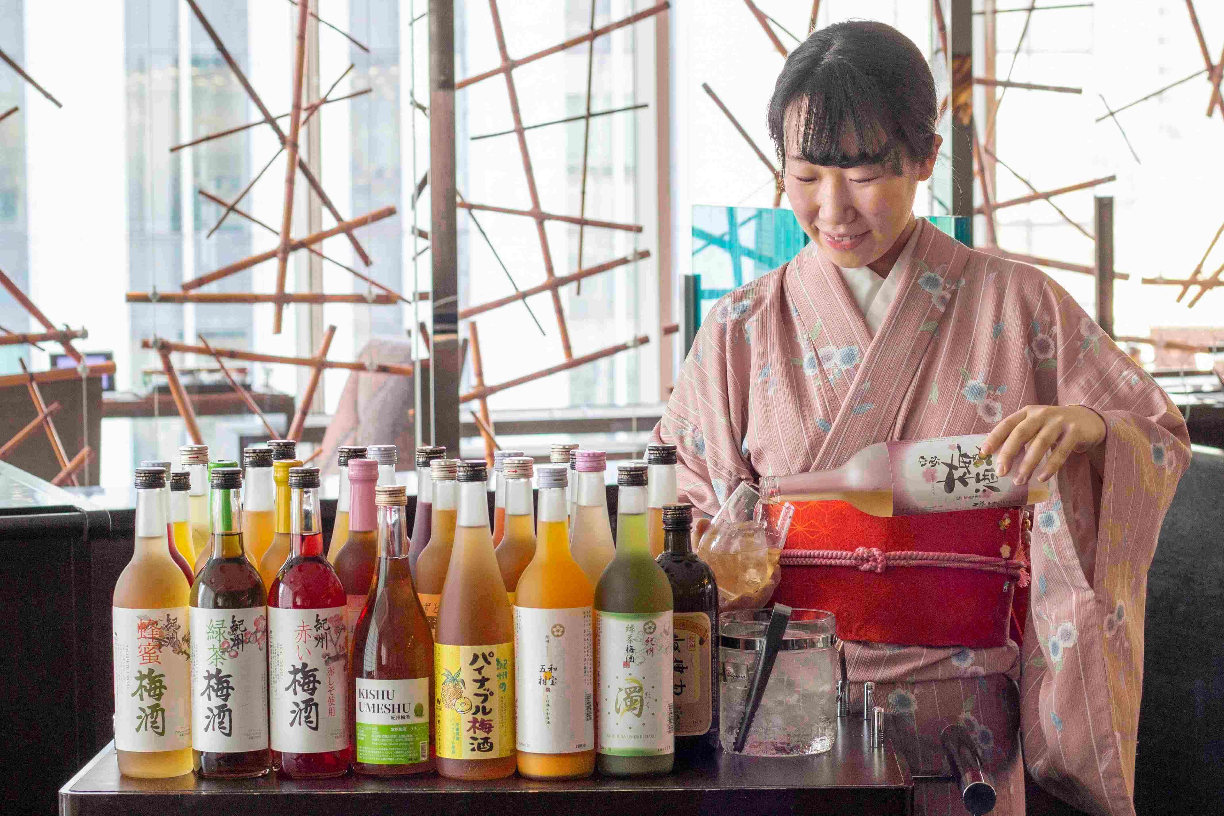 イチゴ・ミカン等の「カクテル梅酒」や「高級梅酒」まで多彩 (1)