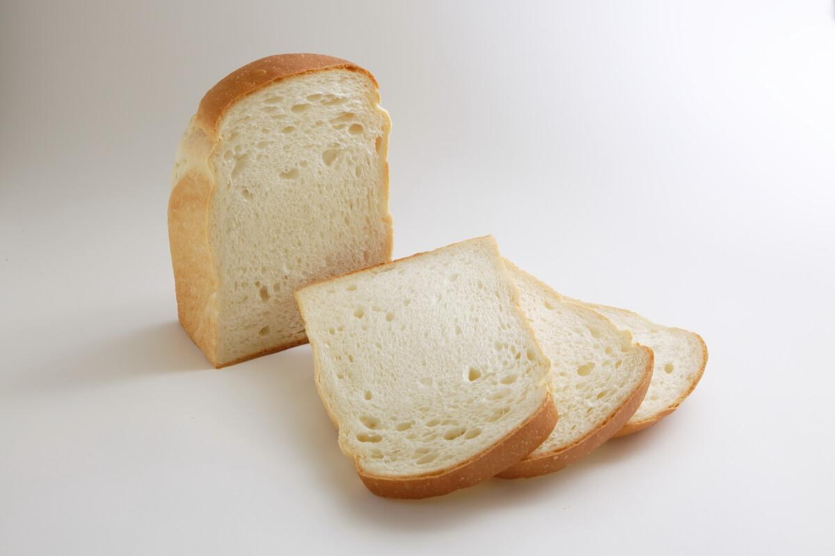 %e5%a1%a9%e9%a3%9f%e3%83%8f%e3%82%9a%e3%83%b3-salt-bread-2