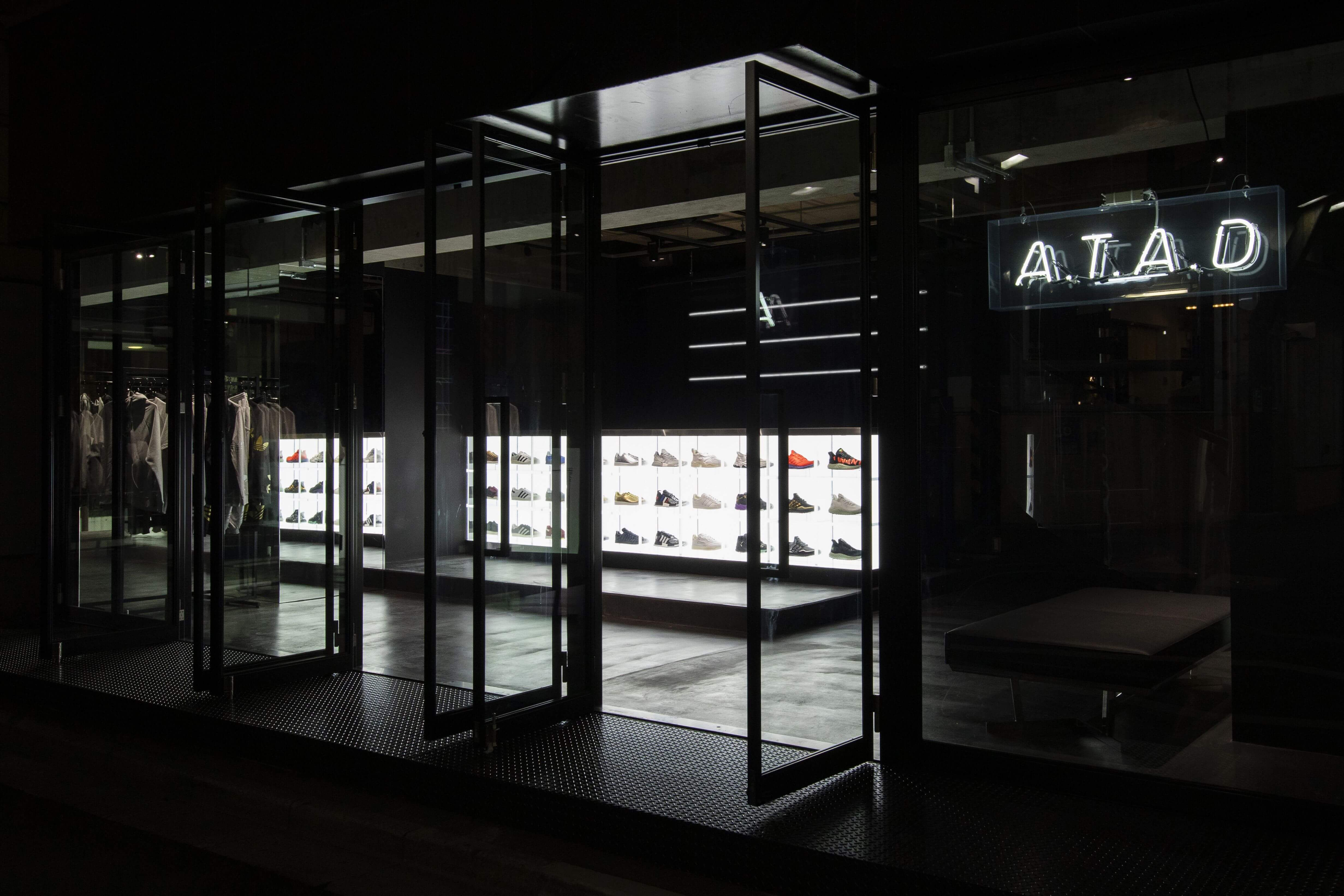 a-t-a-d-adidas-atmos-%e5%8e%9f%e5%ae%bf-harajuku