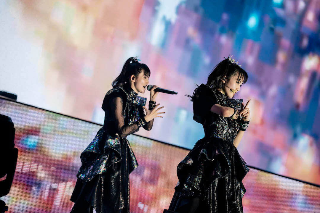 Concert Review: BABYMETAL Send 50,000 Fans in Tokyo Into the Metal Galaxy at Makuhari Messe | MOSHI MOSHI NIPPON | もしもしにっぽん