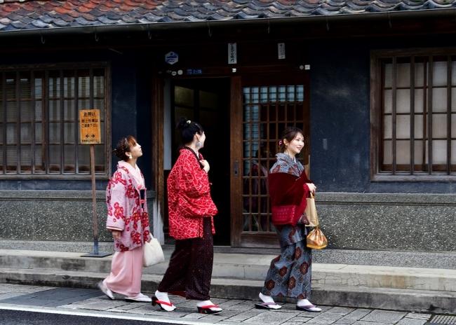 有田雛(ひいな)のやきものまつり Arita Saga 佐賀 着物 kimono
