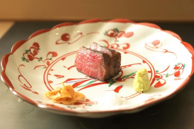 %e3%81%b5%e3%81%9f%e3%81%93%e3%82%99-%e4%ba%ac%e9%83%bd%e3%80%80%e8%82%89%e5%89%b2%e7%83%b9-higasiyama-kyoto-wagyu-%e5%92%8c%e7%89%9b-course-dinner-futago_%e5%92%8c%e7%89%9b%e3%82%b5%e3%83%bc%e3%83%ad