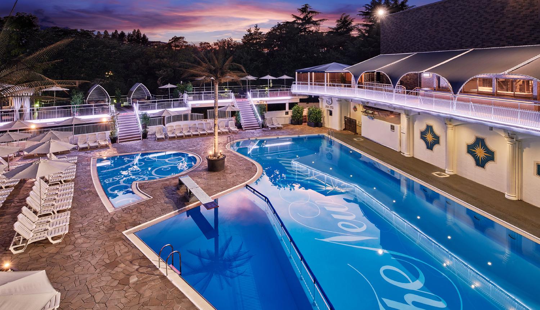ホテルニューオータ二ナイトプール-Hotel-New-Otani-Night-Pool-新大谷飯店