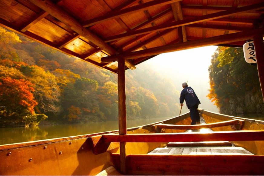 星のや京都 朝のもみじ舟 Autumn Hoshinoya Resorts Kyoto 星野集團京都