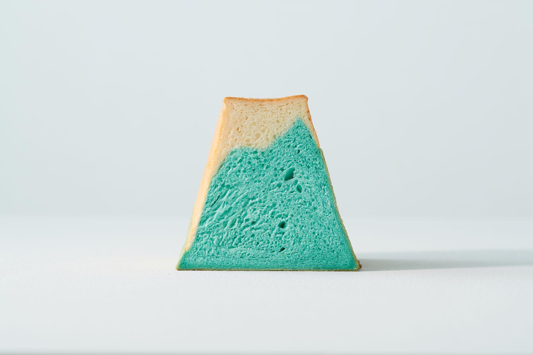 FUJISAN SHOKUPAN Mount Fuji Bread 富士山麵包