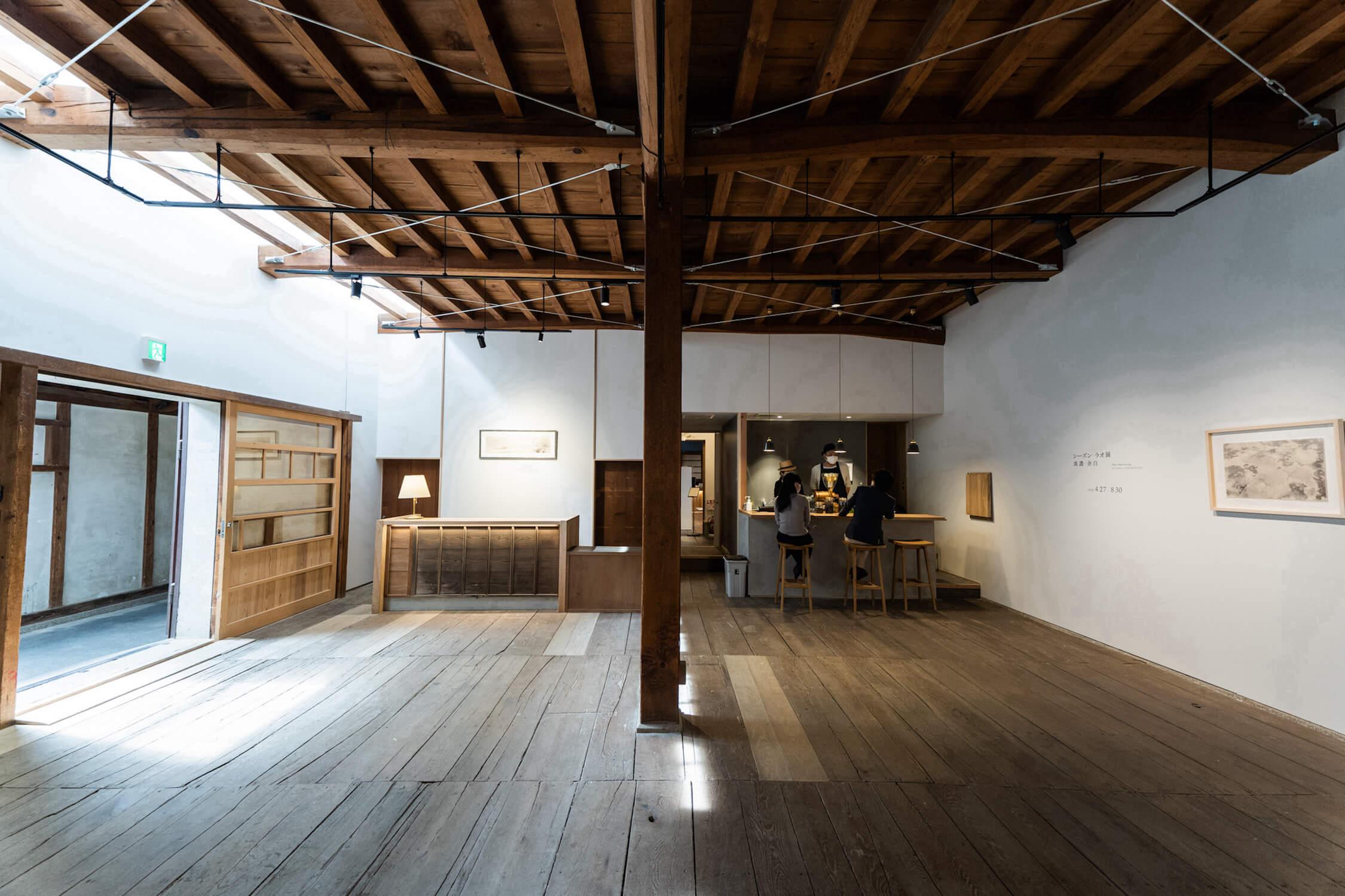 現代美術ギャラリー「GALLERY COLLAGE」 (2) (1)