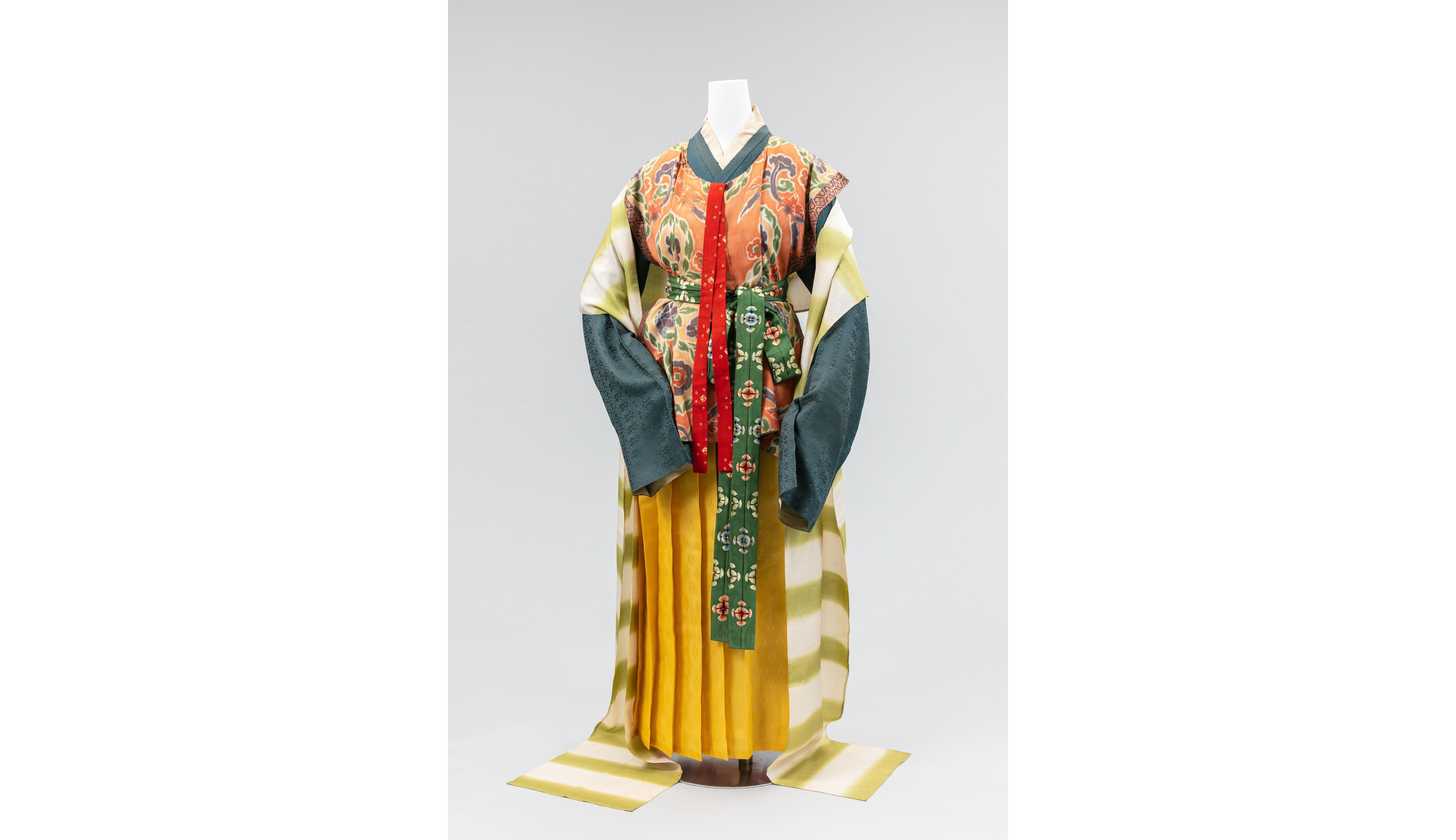 「再現 女性の服装1500年─京都の染織技術の粋─」開催1